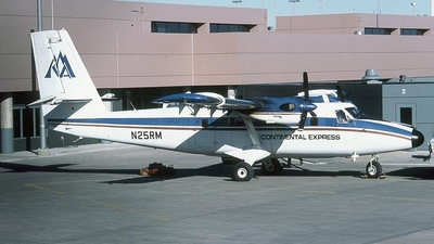 N25RM - De Havilland Canada DHC-6-300 Twin Otter - Continental Express (ExpressJet Airlines)