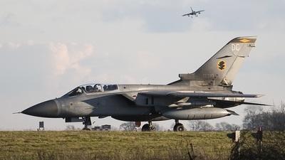 ZE295 - Panavia Tornado F.3 - United Kingdom - Royal Air Force (RAF)