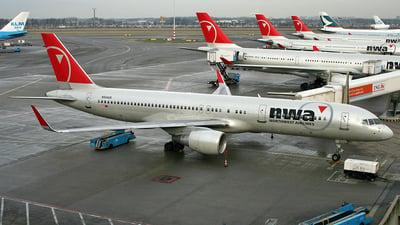 N544US - Boeing 757-251 - Northwest Airlines