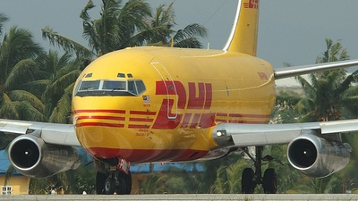9M-PMM - Boeing 737-205C - DHL (Transmile Air Services)