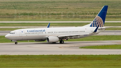 N18243 - Boeing 737-824 - Continental Airlines
