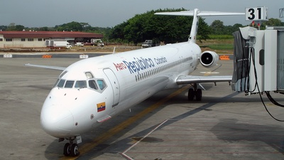 HK-4413 - McDonnell Douglas MD-82 - AeroRepública