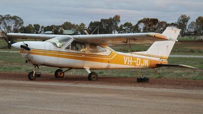 VH-DJK - Cessna 177B Cardinal - Private