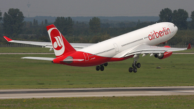 D-ALPH - Airbus A330-223 - Air Berlin (LTU)