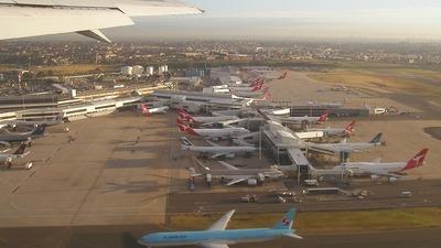 VH-ZXA - Boeing 767-336(ER) - Qantas
