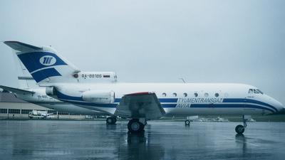 RA-88186 - Yakovlev Yak-40 - Tyumentransgazavia