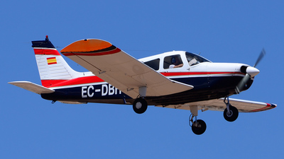A picture of ECDBH - Piper PA28140F Cherokee Cruiser - [287725281] - © Alejandro Hern�ndez Le�n