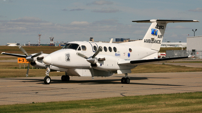 A picture of CGXHS - Beech B200 Super King Air - [BB1302] - © Mike MacKinnon