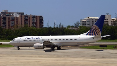N27239 - Boeing 737-824 - Continental Airlines