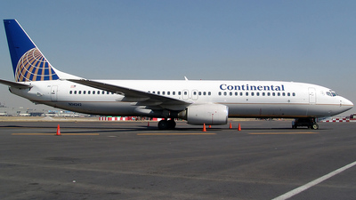 N14242 - Boeing 737-824 - Continental Airlines