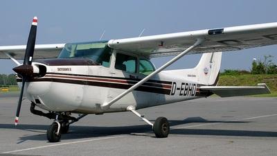 A picture of DEBHD - Cessna F172P Skyhawk - [2198] - © Aart Langevoort