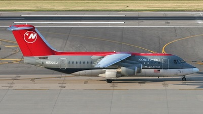 N532XJ - British Aerospace Avro RJ85 - Northwest Airlink (Mesaba Airlines)