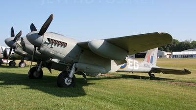 NX35MK - De Havilland Mosquito T.3 - Private