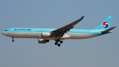 HL7524 - Airbus A330-322 - Korean Air