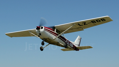 LZ-BDB - Cessna 172 Skyhawk - Private