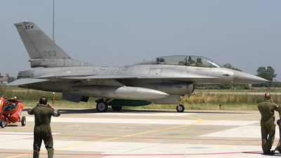 MM7269 - General Dynamics F-16B Fighting Falcon - Italy - Air Force