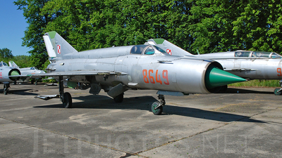 8649 - Mikoyan-Gurevich MiG-21bis Fishbed L - Poland - Air Force