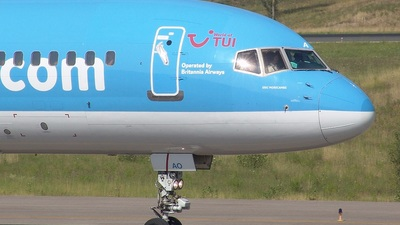 G-BYAO - Boeing 757-204 - Thomsonfly