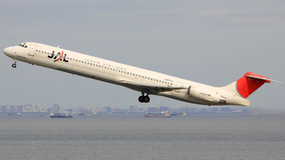 JA8554 - McDonnell Douglas MD-81 - Japan Airlines (JAL)