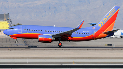 N207WN - Boeing 737-7H4 - Southwest Airlines