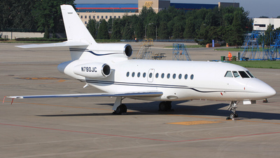A picture of N790JC - Dassault Falcon 900 - [17] - © Liyouyang