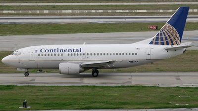 N16647 - Boeing 737-524 - Continental Airlines