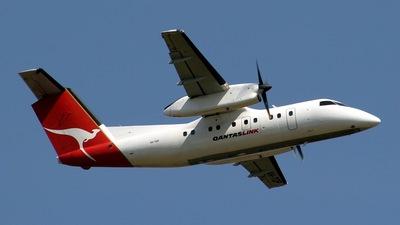 VH-TQP - Bombardier Dash 8-102 - QantasLink (Eastern Australia Airlines)