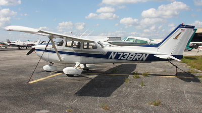 A picture of N738RN - Cessna 172N Skyhawk - [17270179] - © Paul Chandler