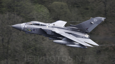 ZD895 - Panavia Tornado GR.4 - United Kingdom - Royal Air Force (RAF)