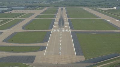 KAFW - Airport - Runway