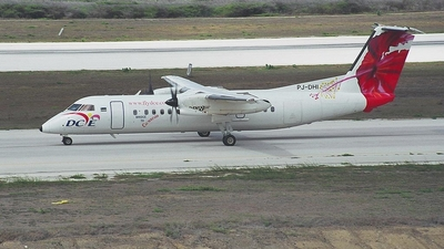 PJ-DHI - Bombardier Dash 8-311 - Dutch Caribbean Airlines (DCA)