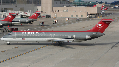 N9331 - McDonnell Douglas DC-9-31 - Northwest Airlines