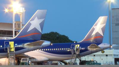 LV-BFY - Airbus A320-233 - LAN Argentina