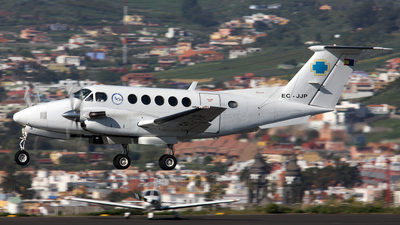 EC-JJP - Beechcraft B200 Super King Air - Urgemer Canarias