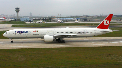 TC-JJB - Boeing 777-35RER - Turkish Airlines