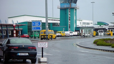 EINN - Airport - Control Tower