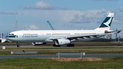B-HLU - Airbus A330-343 - Cathay Pacific Airways