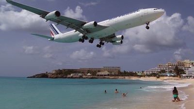 F-GLZT - Airbus A340-313X - Air France