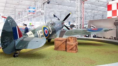 N930LB - Supermarine Spitfire Mk.IX - Private