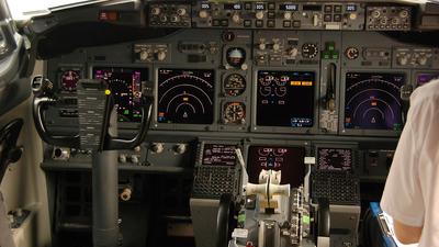 OM-NGL - Boeing 737-76N - SkyEurope Airlines