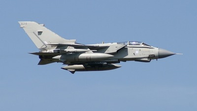AJ-A - Panavia Tornado GR.4 - United Kingdom - Royal Air Force (RAF)