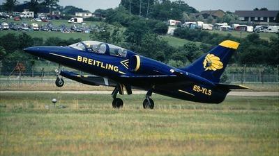 ES-YLS - Aero L-39C Albatros - Breitling Apache Jet Team