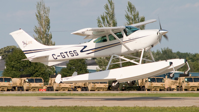 A picture of CGTSS - Cessna 182Q Skylane - [18266573] - © Michael Wolf