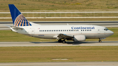N58606 - Boeing 737-524 - Continental Airlines