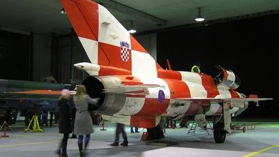 165 - Mikoyan-Gurevich MiG-21UMD Mongol B - Croatia - Air Force
