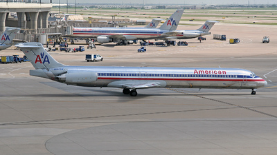 N9625W - McDonnell Douglas MD-83 - American Airlines