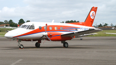 PT-GKQ - Embraer EMB-110 Bandeirante - Taxi Aéreo Weiss