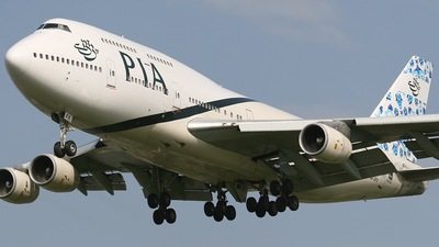 AP-BFX - Boeing 747-367 - Pakistan International Airlines (PIA)