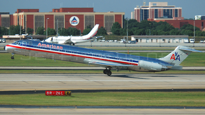 N7537A - McDonnell Douglas MD-82 - American Airlines
