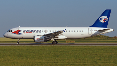 YL-LCF - Airbus A320-212 - Travel Service (LatCharter Airlines)